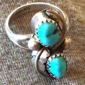 Vintage Native American turq & sterling ring